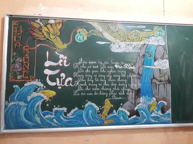 Đẹp không chê vào đâu được với những màn múa phấn trên bảng của học sinh, từng chi tiết xuất sắc như hoạ sĩ vậy - Ảnh 3.