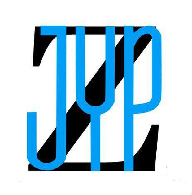 JYP tung hint dự án kết hợp mới: Tưởng dân tình sẽ tò mò đoán TWICE, GOT7 hay ITZY... ai ngờ lại tập trung chỉ trích chiếc logo xấu tệ - Ảnh 4.