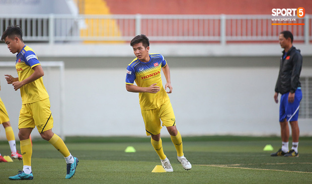 Tiền vệ Trương Văn Thái Quý: Trọng Hoàng và Hùng Dũng sẽ là sự bổ sung cần thiết cho U22 Việt Nam hướng tới mục tiêu cao nhất tại SEA Games 30 - Ảnh 4.
