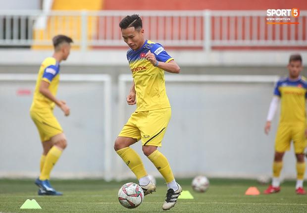 Tiền vệ Trương Văn Thái Quý: Trọng Hoàng và Hùng Dũng sẽ là sự bổ sung cần thiết cho U22 Việt Nam hướng tới mục tiêu cao nhất tại SEA Games 30 - Ảnh 13.