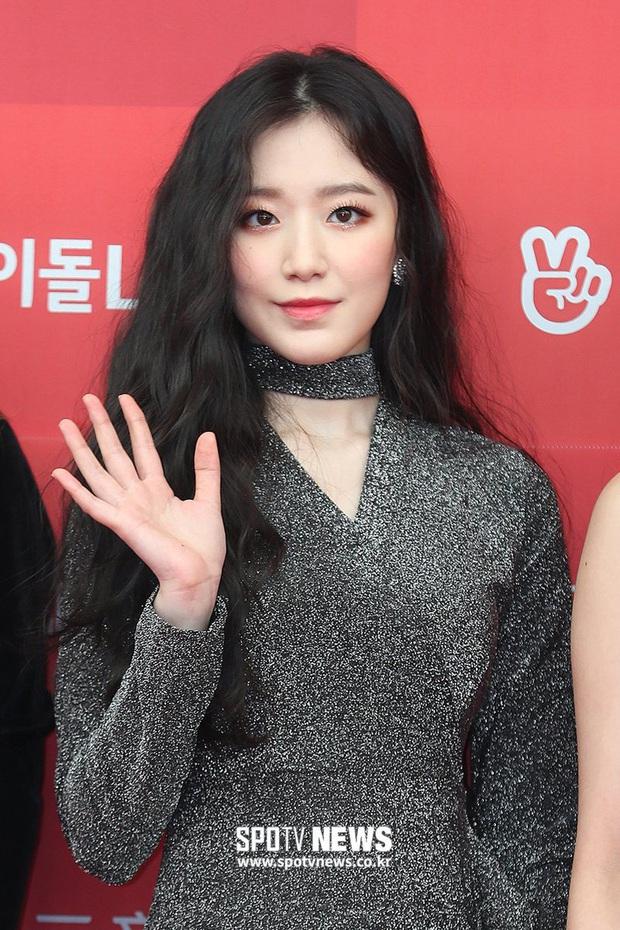 Đây là dàn nữ thần Kbiz sắp khiến thảm đỏ AAA 2019 ở Việt Nam nổ tung: Yoona, Thư ký Kim hay thiên thần lai đỉnh hơn? - Ảnh 33.