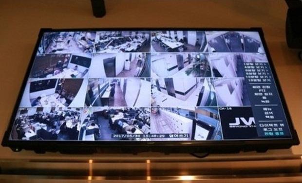 Cận cảnh phòng học khiến con phát điên của giới nhà giàu Hàn Quốc: Phòng tự học kín mít, camera 24/24, muốn đi vệ sinh cũng không ra được - Ảnh 3.