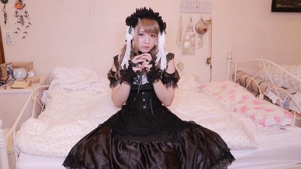 Sự thần kỳ của make-up: Youtuber Nhật Bản biến hoá vi diệu từ một người đàn ông trung niên thành cô gái dễ thương trong vỏn vẻn vài phút - Ảnh 5.