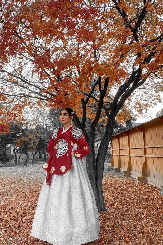BB Trần diện Hanbok cực thần thái, sẵn sàng tiến cung ở Hàn Quốc: Đẹp thế này liệu có thể tranh sủng làm Hoàng hậu? - Ảnh 3.