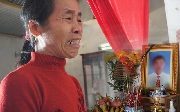 Vụ 39 người chết ở Anh: Gia đình các nạn nhân tự chi trả kinh phí đưa thi hài về nước - Ảnh 1.