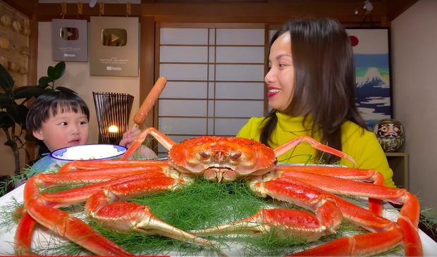 """Xếp hạng kênh Youtube ẩm thực - du lịch chất lượng nhất Việt Nam: Mỗi bà Tân Vlog xuất hiện, còn lại… """"lặn mất tăm"""" - Ảnh 10."""