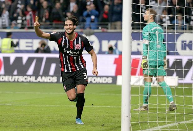 Cú sốc lớn nhất của bóng đá châu Âu tuần này - Ảnh 8.