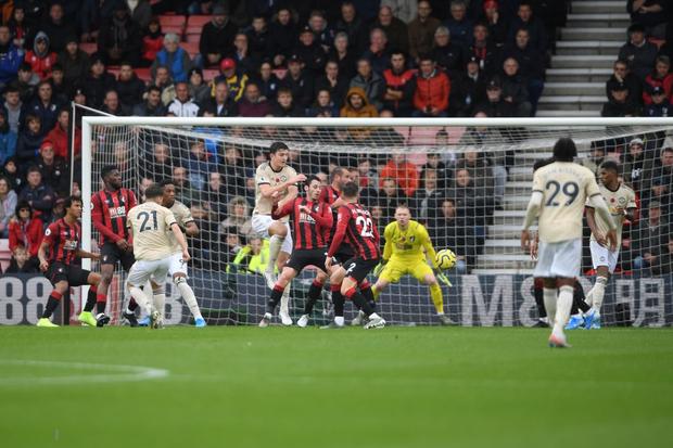 Phung phí cơ hội ghi bàn, Man Utd lại thua tại Ngoại hạng Anh - Ảnh 3.
