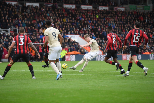 Phung phí cơ hội ghi bàn, Man Utd lại thua tại Ngoại hạng Anh - Ảnh 7.