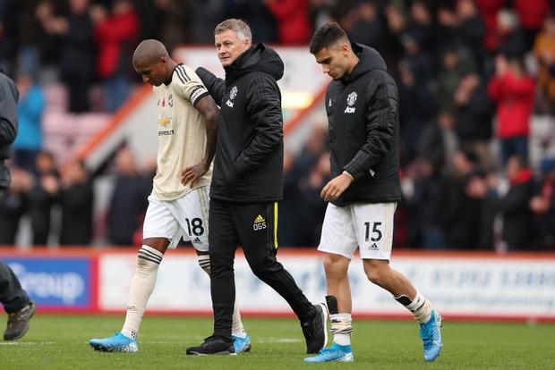 Phung phí cơ hội ghi bàn, Man Utd lại thua tại Ngoại hạng Anh - Ảnh 8.