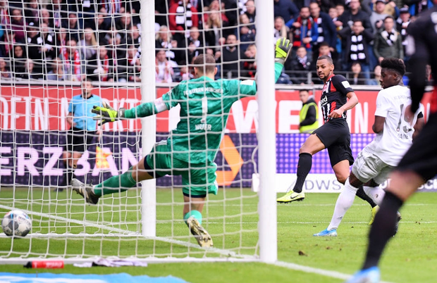 Cú sốc lớn nhất của bóng đá châu Âu tuần này - Ảnh 4.