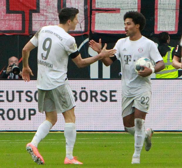 Cú sốc lớn nhất của bóng đá châu Âu tuần này - Ảnh 5.