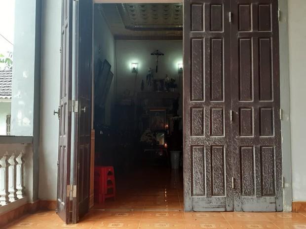Nhiều gia đình có con mất tích ở Hà Tĩnh bất ngờ nhận được cuộc gọi từ cảnh sát Anh - Ảnh 2.