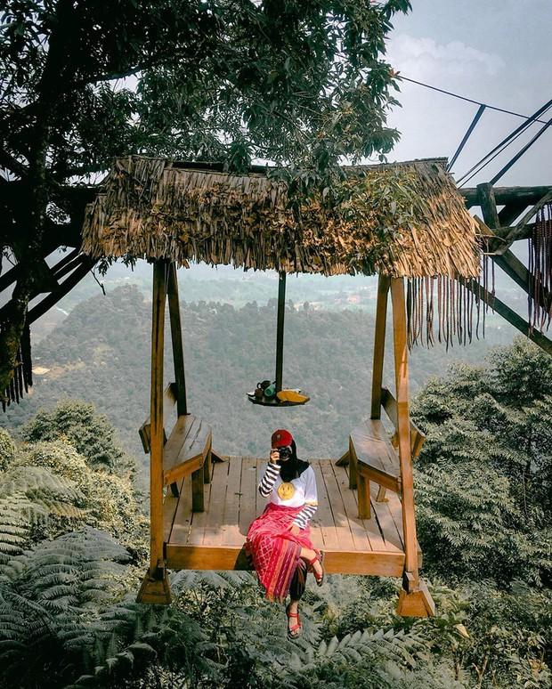Độc nhất Indonesia quán cafe lửng lơ trên cây không dành cho hội yếu tim, dân mạng đua nhau check-in ầm ầm trên Instagram - Ảnh 4.