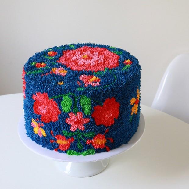 """Bánh kem lấy cảm hứng từ tấm thảm xù xì lại còn """"tắc kè hoa"""" thì sẽ như thế nào? - Ảnh 3."""