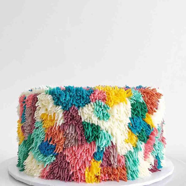 """Bánh kem lấy cảm hứng từ tấm thảm xù xì lại còn """"tắc kè hoa"""" thì sẽ như thế nào? - Ảnh 7."""
