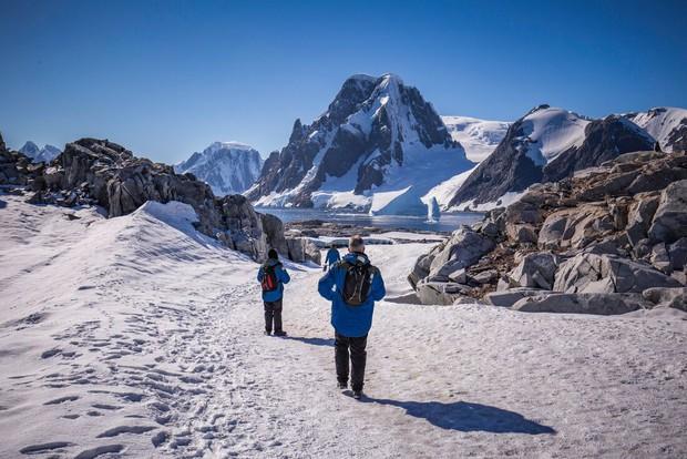 Nam Cực đang trở thành điểm du lịch hút khách mới trong tương lai, nghe thì vui nhưng đó lại là 1 dấu hiệu đáng buồn cho Trái Đất - Ảnh 25.