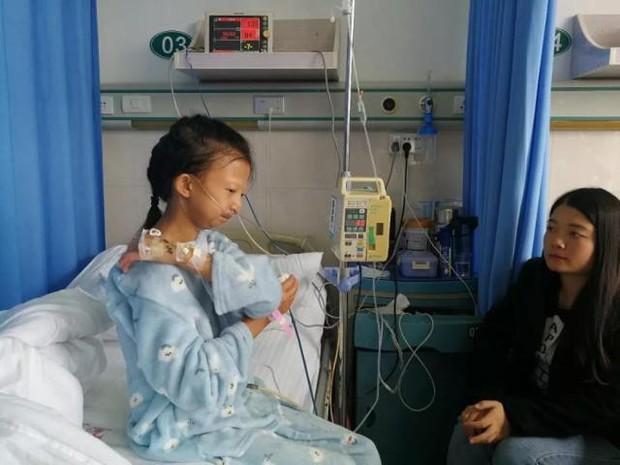 Chị gái 24 tuổi chỉ nặng 21,5kg bỏ học kiếm tiền nuôi em trai mắc bệnh tâm thần và chuỗi ngày bất hạnh nối tiếp - Ảnh 2.