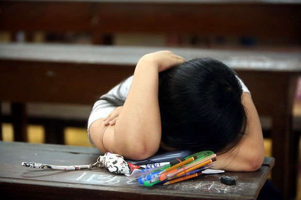 Ngày càng nhiều người trẻ muốn tự tử do áp lực cuộc sống giống như cô gái này - Ảnh 4.