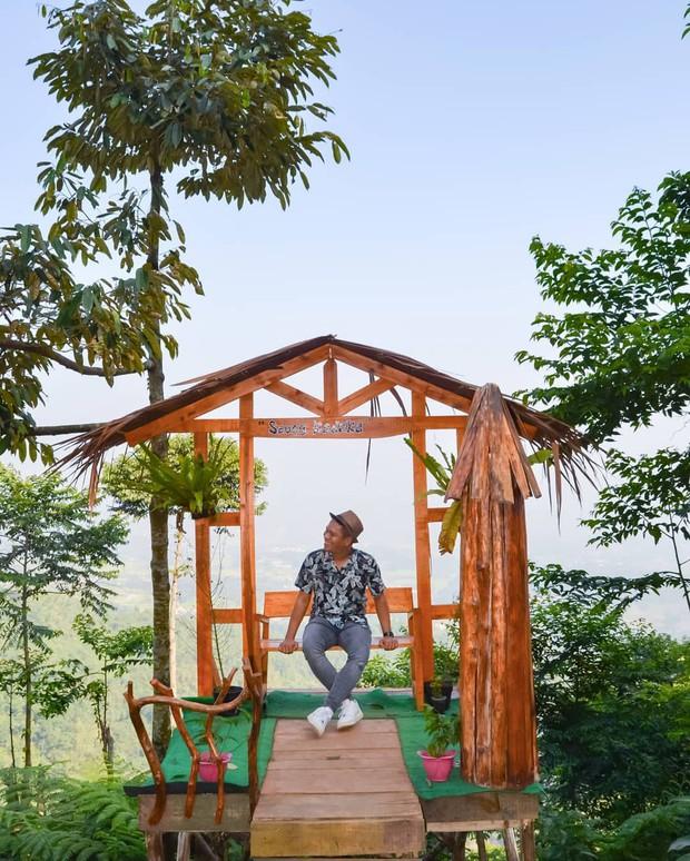 Độc nhất Indonesia quán cafe lửng lơ trên cây không dành cho hội yếu tim, dân mạng đua nhau check-in ầm ầm trên Instagram - Ảnh 8.