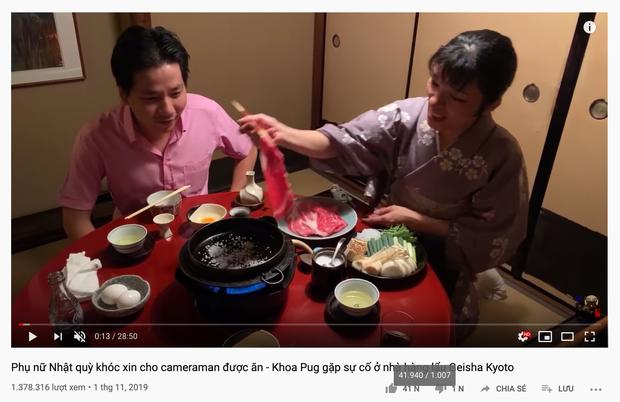 Phụ nữ Nhật quỳ gối và khóc... - Khoa Pug lại gây bão MXH với video bị ném đá vì không tôn trọng phụ nữ? - Ảnh 1.