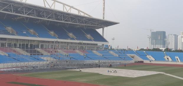 Sân khấu lễ trao giải AAA 2019 hội tụ TWICE, Yoona và quân đoàn sao Hàn ở SVĐ Mỹ Đình bắt đầu xây dựng: Sao khủng thế này? - Ảnh 6.