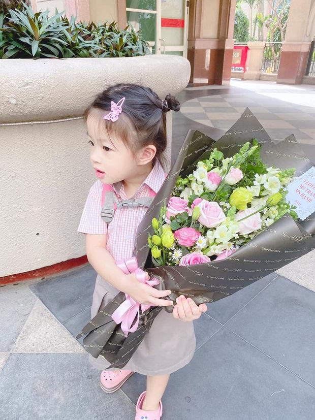 Thái Trinh kể kỷ niệm thời đi học, Ngọc Lan diện áo dài cùng Jack & K-ICM và dàn sao Việt gửi lời chúc nhân ngày 20/11 - Ảnh 13.