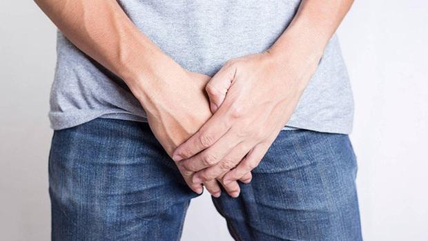 4 dấu hiệu sớm cảnh báo ung thư khu vực vùng dưới của nam giới: từ nổi u đến đi tiểu trong đêm đều không thể coi thường - Ảnh 2.