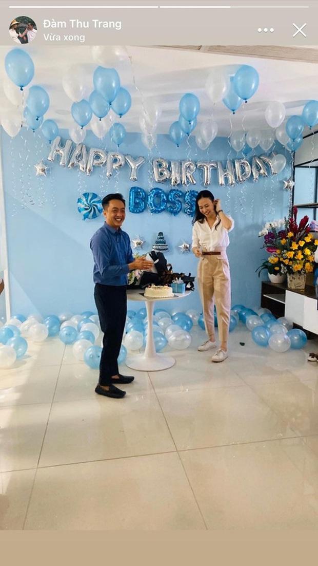 Được Cường Đô La mừng sinh nhật sớm, Đàm Thu Trang lần đầu để lộ vóc dáng sau tin đồn mang thai con đầu lòng - Ảnh 3.