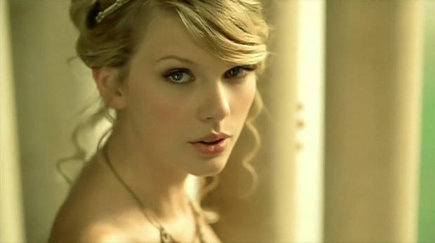 11 năm trước, chính nhan sắc cực phẩm tựa công chúa này của Taylor Swift đã khiến hàng triệu người lạc vào mê hồn trận - Ảnh 8.