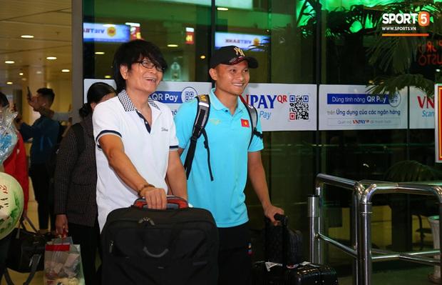 Thầy Park và hàng loạt trụ cột trễ chuyến bay, ảnh hưởng tới kế hoạch tập luyện chuẩn bị cho SEA Games 2019 - Ảnh 5.