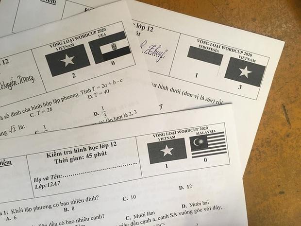 Quá phấn khích trước chuỗi thành tích bất bại của tuyển Việt Nam, cô giáo đưa loạt tỷ số làm mã đề thi khiến học trò cười ngất - Ảnh 1.