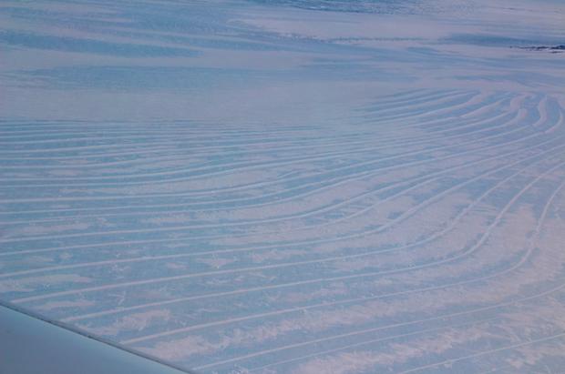 Thật không thể tin nổi, hoang mạc băng Nam Cực nhìn từ trên cao hùng vĩ như thế này đây! - Ảnh 3.