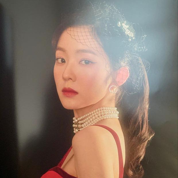 Mê mẩn bộ hình lồng lộn Irene và Jessica mới tung, đau đầu không biết nữ thần nhà SM hay công chúa băng giá đỉnh hơn - Ảnh 8.