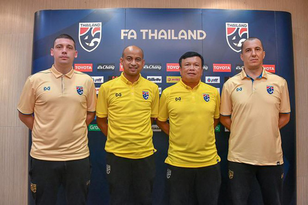 """Tìm ra profile trợ lý tuyển Thái """"gây sự"""" với HLV Park Hang-seo, hoá ra đã xích mích từ Bangkok và mang mối hiềm khích đến Hà Nội - Ảnh 5."""