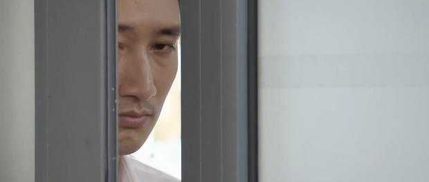 Preview Hoa Hồng Trên Ngực Trái tập 32: Thái nhập hội camera hành trình, nghe lén người cũ của Trà bép xép mình với sếp! - Ảnh 2.