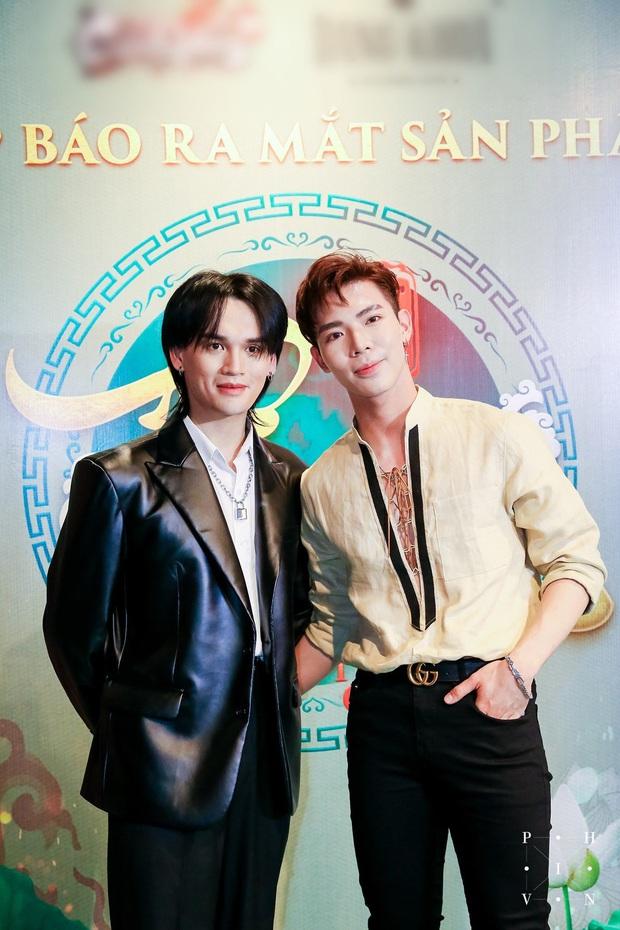 Erik chọn đúng ngày 20/11 để tung bản cover Tự Tâm, Nguyễn Trần Trung Quân hẳn mát lòng mát dạ - Ảnh 1.