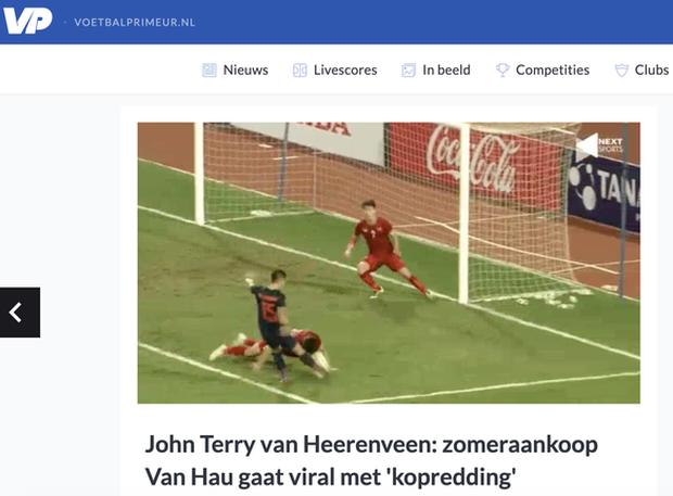 Xả thân bảo vệ khung thành Việt Nam, Văn Hậu được báo Hà Lan so sánh với huyền thoại bóng đá Anh - Ảnh 2.