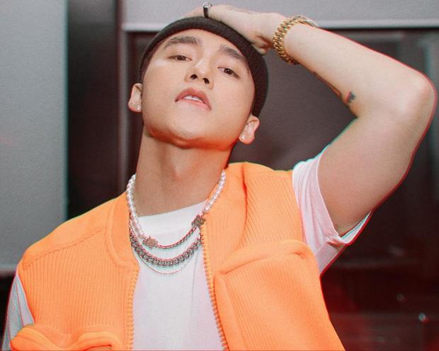 Đại diện BTC chính thức phản hồi trước thông tin Sơn Tùng M-TP là nghệ sĩ thể hiện ca khúc chủ đề SEA Games 31 - Ảnh 2.