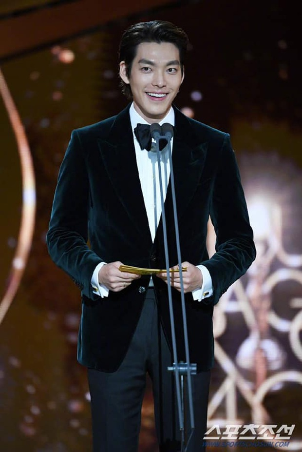 Rồng Xanh 2019: Ký Sinh Trùng thắng đậm nhưng sao bự Song Kang Ho vẫn chịu thua trước đàn em Jung Woo Sung - Ảnh 8.