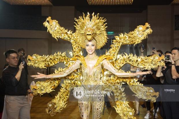 Chính thức: Hoàng Thùy chọn Cà Phê là Quốc phục mang đến Miss Universe 2019 dù từng bị netizen chê tơi tả! - Ảnh 10.