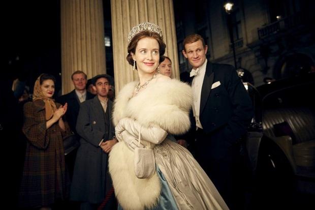 The Crown: Cung đấu chân thật, kịch tính về người phụ nữ quyền lực nhất Hoàng gia Anh - Ảnh 2.
