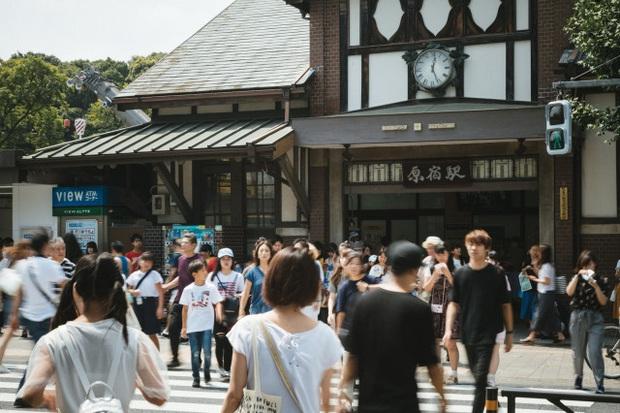 HOT: Nhà ga lâu đời và nổi tiếng bậc nhất ở Nhật Bản sắp bị đóng cửa vĩnh viễn, du khách tiếc nuối đòi giữ lại công trình - Ảnh 3.