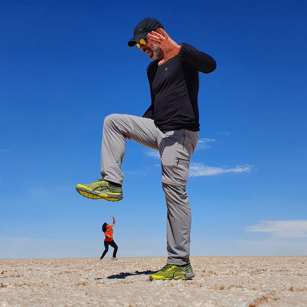 """Muốn ảnh hết """"nhạt"""" thì nên một lần đến """"sống ảo"""" ở cánh đồng muối siêu to khổng lồ này - Ảnh 9."""