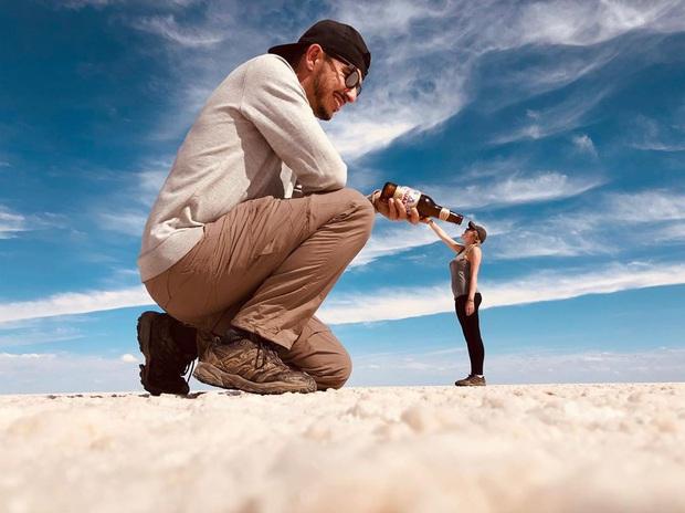 """Muốn ảnh hết """"nhạt"""" thì nên một lần đến """"sống ảo"""" ở cánh đồng muối siêu to khổng lồ này - Ảnh 12."""