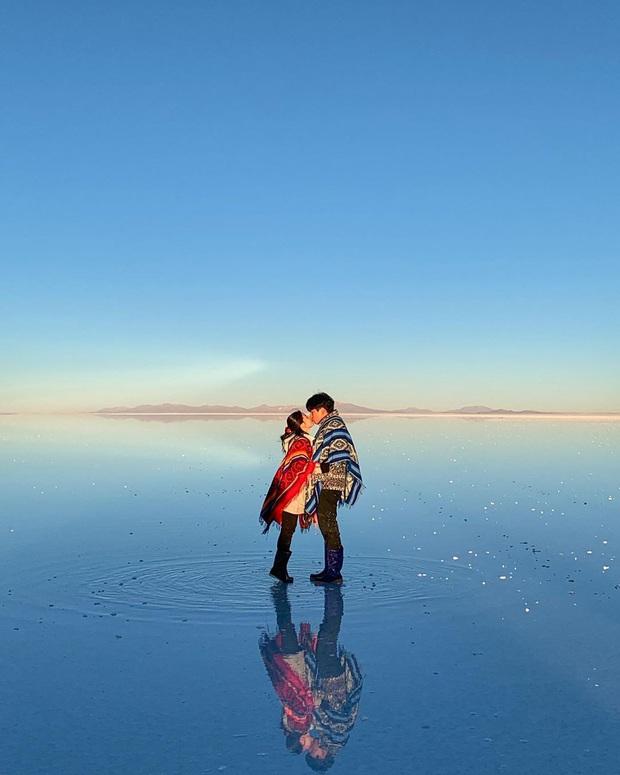 """Muốn ảnh hết """"nhạt"""" thì nên một lần đến """"sống ảo"""" ở cánh đồng muối siêu to khổng lồ này - Ảnh 18."""