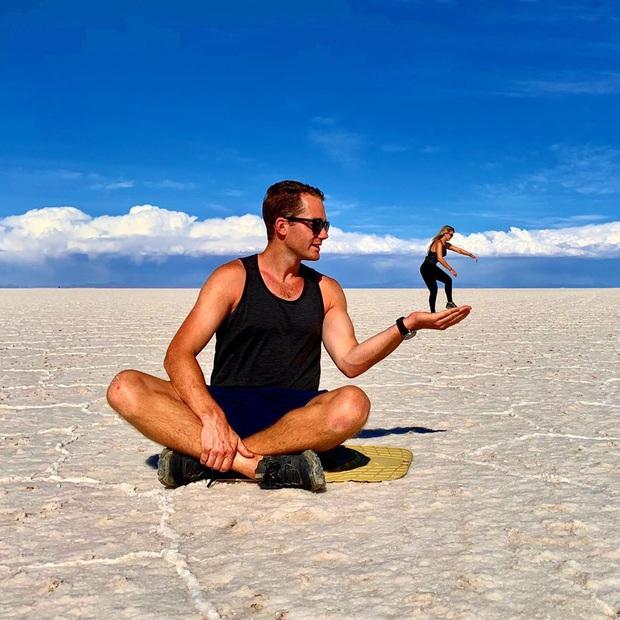 """Muốn ảnh hết """"nhạt"""" thì nên một lần đến """"sống ảo"""" ở cánh đồng muối siêu to khổng lồ này - Ảnh 7."""