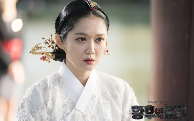 Tình trường màn ảnh của gái ế Jang Nara: Hoàng hậu bị tiểu tam cướp chồng gắt sao bằng hôn nhân vì tình một đêm - Ảnh 1.