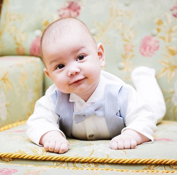 Người đẹp Nga tiết lộ tình trạng mới nhất của con trai nhỏ cùng hoàn cảnh túng quẫn khiến cộng đồng mạng xót xa - Ảnh 2.