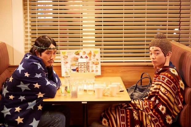Té ngửa với trí tưởng tượng hại não của người Nhật: Làm phim về tình bạn của Đức Phật và Chúa Jesus? - Ảnh 3.